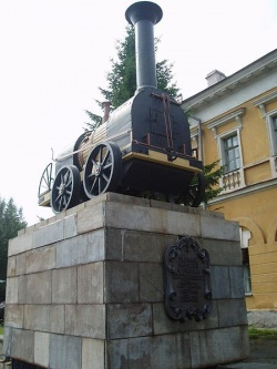 Памятник паровозу Черепановых — первому паровозу России. Фото: Wikipedia.org