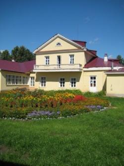 Внутренний двор музея-усадьбы Петра Ильича Чайковского. Фото: Wikipedia.org