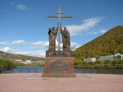 Памятник апостолам св. Петру и св. Павлу. Фото: Wikipedia.org